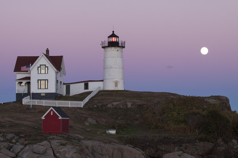 bird-moon-nubble-7786